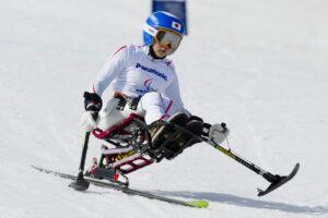 スーパーGでパラリンピックデビューした村岡桃佳の滑り。スタート地点付近(写真:堀切功)