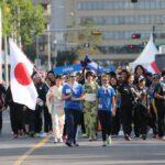 パレードでの日本選手団、先頭