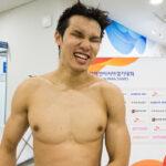 男子100MバタフライS12で金メダルを獲得した木村敬一