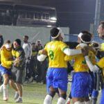 優勝が決まり喜ぶブラジル選手たち