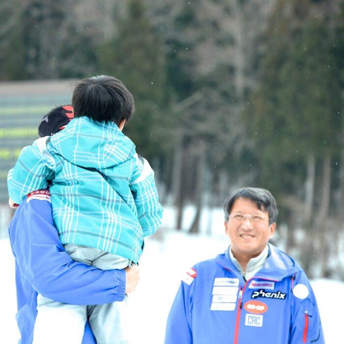 花澤さん(右)と新田親子