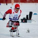 北海道出身の久保恒造選手も地元開催のW杯を盛り上げたいと特別参加。ソチパラリンピック銅メダリストの力走に大きな声援が送られた。(撮影・星野恭子)