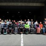 第1回横浜マラソンで、2km、10km、42.195kmを完走した車いすランナー