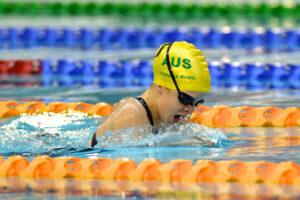女子400メートル平泳ぎSB6でワールドレコードを樹立したティファニー・トーマス(AUS)の泳ぎ 写真・佐々木延江