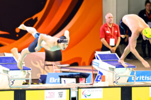 男子50メートル自由形、山田拓朗の飛び込み