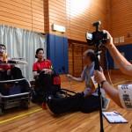 インタビューをうける平野誠樹監督と三上勇輝キャプテン
