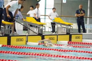 木村敬一 400メートル自由形S11のタッピング 写真:西川隼矢