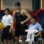 スタート前、水上真衣(東京ラッコ)。女子50メートル自由形S8