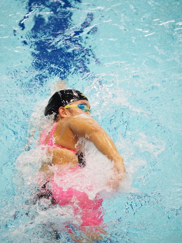 鎌田美希(両下腿欠損・大阪シーホース)女子400メートル自由形でアジア記録更新したが目標の標準タイムを切れなかった。9月26日からソチ(ロシア)で開催されるIWAS世界大会をめざす。 写真:西川隼矢