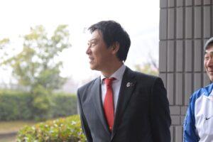 横浜ラポールを視察に訪れたスポーツ庁長官・鈴木大地氏。医療、スポーツの拠点に近く、環境が整っていると高く評価