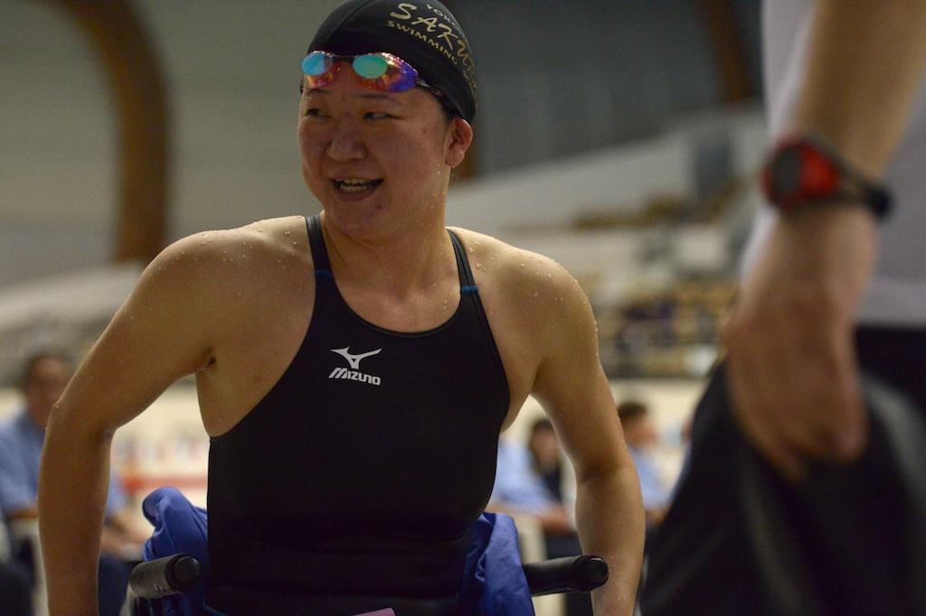 泳ぎ終えた、成田真由美(横浜サクラ)