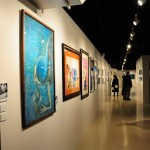 自閉症の人の作品を展示したギャラリー