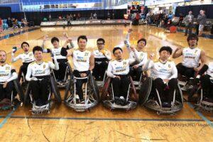 スイス戦を勝利に終えた、日本代表チーム 写真・中村真人