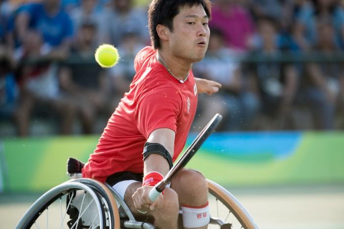 右肘手術影響はないという国枝 写真・三浦宏之