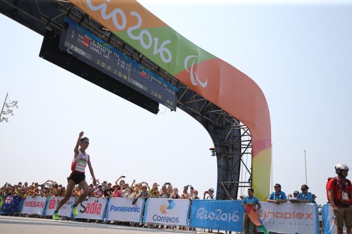 マラソン:岡村と堀越のメダル争いは岡村が勝利。ベテランの意地をみせる