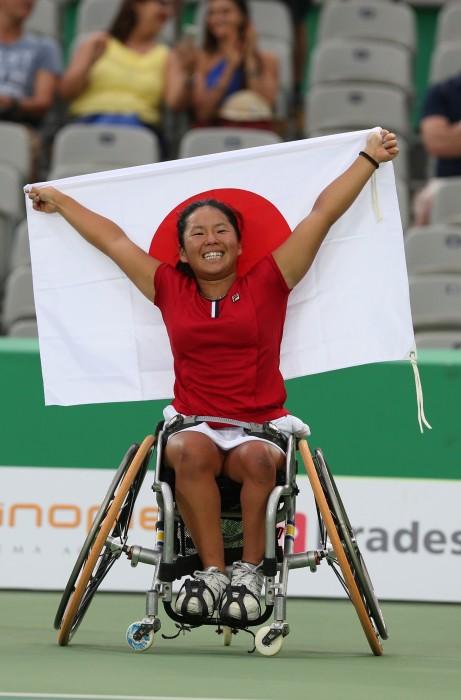車いすテニス:上地がシングルスで銅!パラリンピックで初メダル