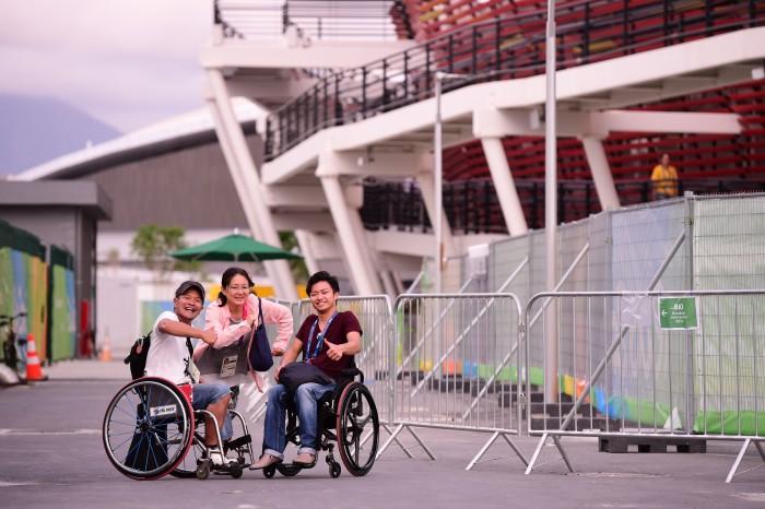 リオパラリンピックに観戦に来た中山さんらパラキャンのメンバー 撮影・山下元気