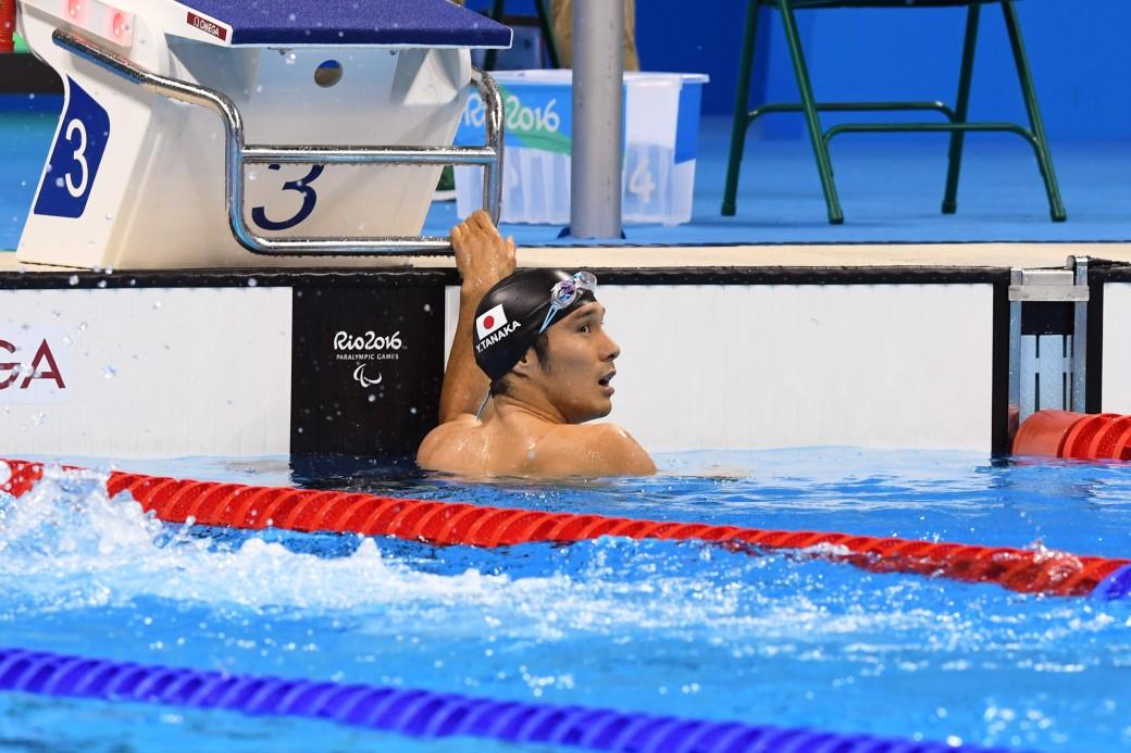 競泳10日目 予選を泳ぐ田中康大選手