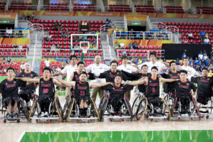 イランとの最終戦を勝利に終えた日本代表チーム 写真・山下元気