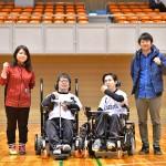 Yokohama Crackersからワールドカップ日本代表に選ばれた三上勇輝、竹田敦史と、クラッカーズスタッフ