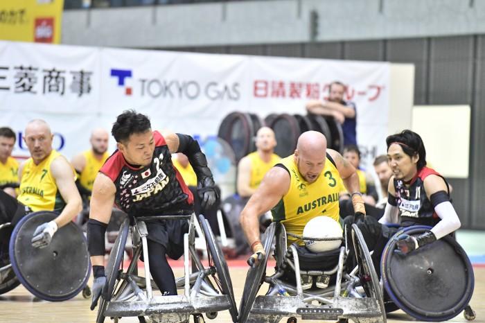 2日目・第2試合、日本対オーストラリア戦で池透暢(3.0)とライリー・パット(3.5) 写真・山下元気