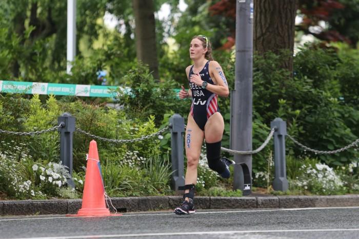 ラン・パートをトップで走るシーリー 写真・内田和稔