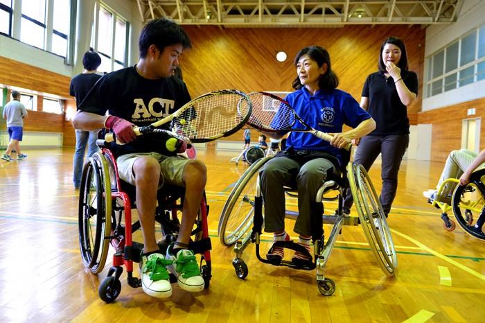 パラスポーツ体験、車いすテニス