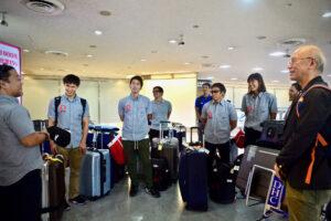 9月26日6時20分過ぎに帰国した選手たち、成田空港で