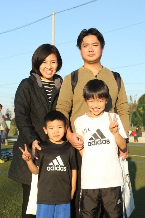 親子4人で参加した神宮寺さん