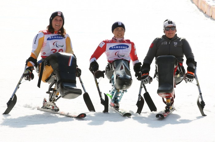 大回転で村岡が優勝、日本初の金メダル獲得!