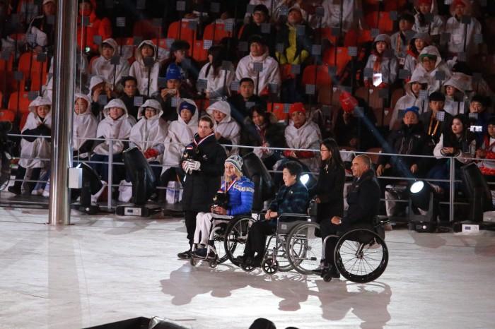 勇気、決断力、挑戦心を讃えるファン・ヨン・ダイ賞に選ばれた選手の表彰