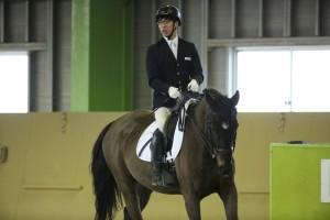 稲葉将&ヘンドリックス(ウォームブラッド/22/セン)(静岡乗馬協会) (写真・内田和稔)
