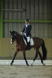 大塚宗毅&ヘンゼル(中半血/9/セン)(OISO乗馬クラブ)(写真・内田和稔)