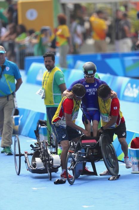 """電話トークに応じてくれた、木村潤平。リオパラリンピックで。 写真・中村""""Manto""""真人"""