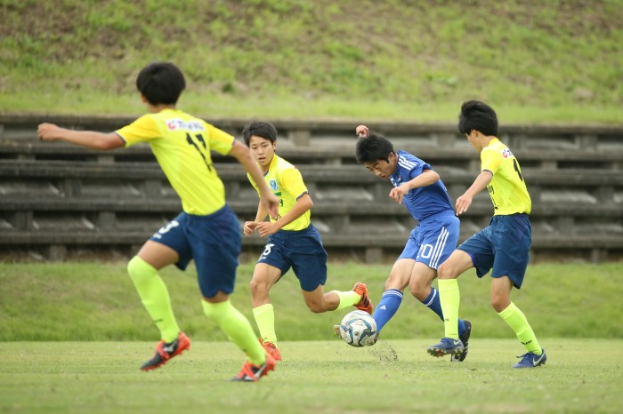 栃木SCユースとのトレーニングマッチ 青のユニフォームが知的障がい者サッカー日本代表
