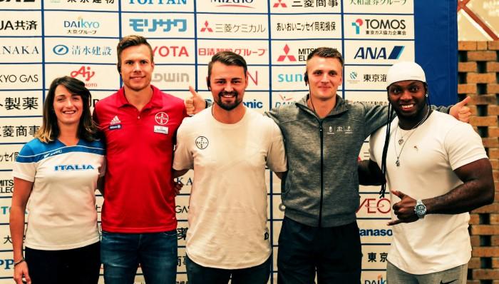 左から、マルティナ・カイローニ(イタリア/T63)、マルクス・レーム(ドイツ/T64)、ポポフ・ヘンリッチ(ドイツ/T63)、ダニエル・ヨルゲンセン(デンマーク/T63)、マウリシオ・バレンシア(コロンビア・F34) 写真・吉田直人