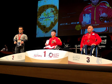 戸田が出場した男子59㎏表彰式。ここでも優勝は中国の選手、クイ・ヨンカイだった。