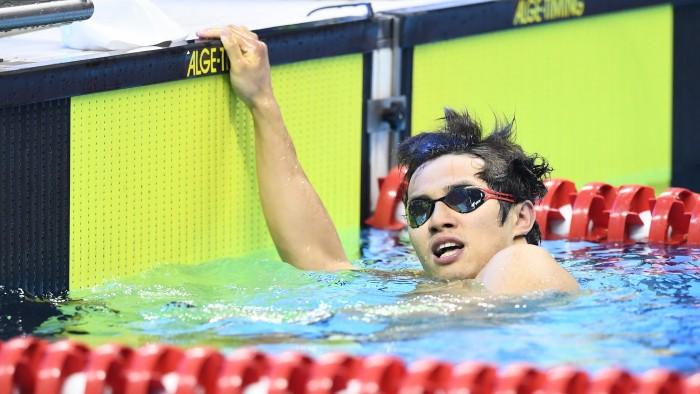 100m平泳ぎを泳ぎ終えた、木村敬一(全盲/東京ガス) 写真・山下元気