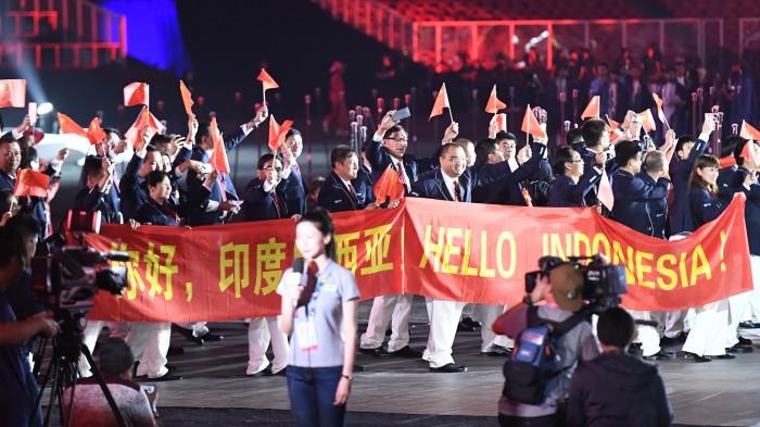中国選手団。