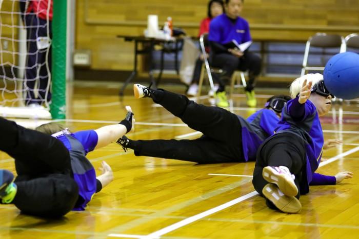 内田佳(左)は守備でチームを支えた