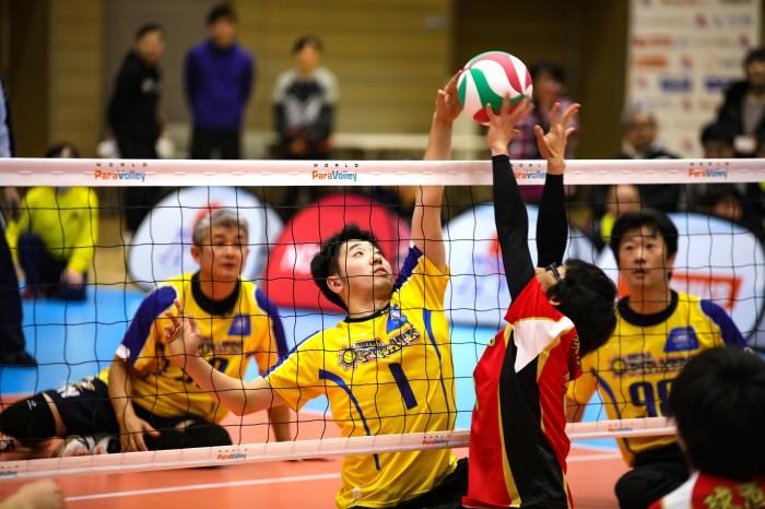 『千葉パイレーツ』では『春の高校バレー(全日本高校選手権)』に出場経験を持つ田澤隼も活躍