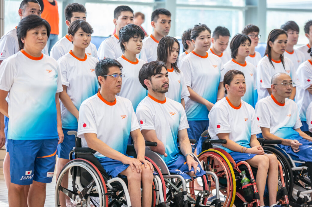 第35回日本パラ水泳選手権大会/開会式でアジアパラ日本代表選手 写真提供:日本身体障がい者水泳連盟