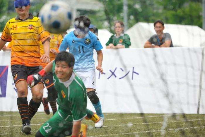 後半13分勝ち越しゴールを決めたfree bird mejirodai11FP鳥居健人