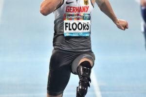 先天性の下肢障害で16歳のとき自ら切断を決意したフロア。「両足義足で走れることは私の誇り。16歳の私に教えてあげたいです」と語った。 写真・安藤理智