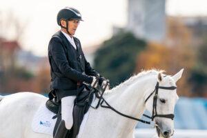 鞍に設置したシートセーバーで、筋肉のなくなったお尻にできる「鞍ずれ」を解決した 写真・秋冨哲生