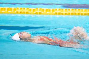 11月8日、100m背泳ぎ(S2)を泳ぐ山田美幸(WS新潟)  写真・秋冨哲生