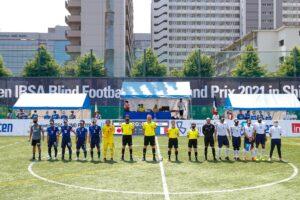 日本対フランスの試合が始まった。 提供:日本ブラインドサッカー協会/鰐部春雄
