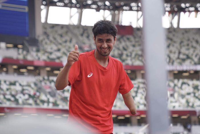 31日、男子走り幅跳び(T47)に出場した、アフガニスタン出身のフセイン・ラスリ。写真・秋冨哲生