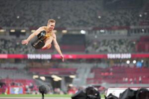 世界のブレードジャンパー、マルクス・レーム(ドイツ)が8m18の跳躍で優勝。 写真・秋冨哲生