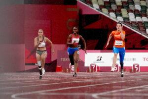 女子100mT64予選2 写真・中村 Manto 真人